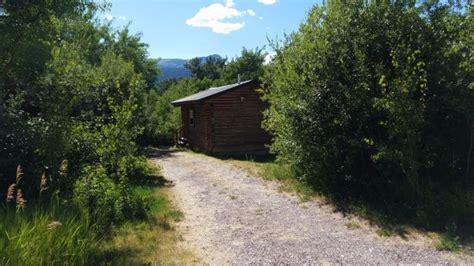 glacier trailhead cabins mt fritidshus