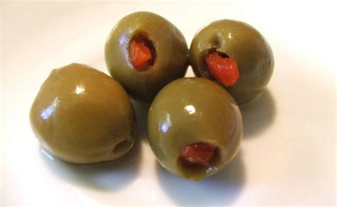 can dogs eat olives can dogs eat olives black or green are olives or bad for dogs