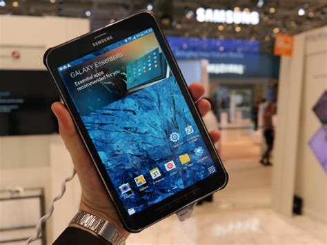 Samsung Tab 4 Active samsung galaxy tab active is a tough android tablet pictures cnet