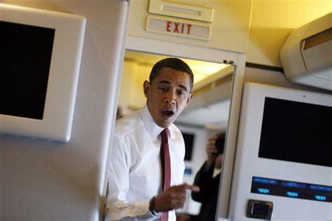 air one inside barack obama air one inside barack obama s presidential plane