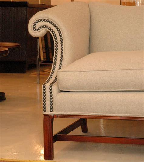 kittinger sofa kittinger camel back sofa at 1stdibs