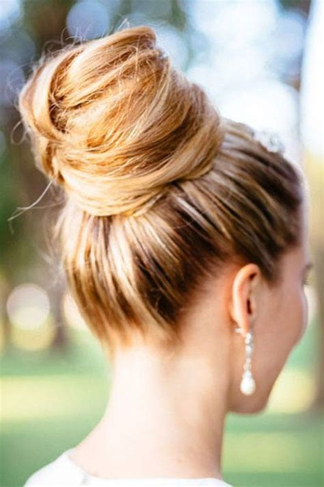 hairstyles messy buns pictures top 5 ways to make messy buns in under 5 minutes