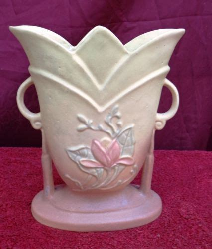 Hull Vase Ebay by Pin By Valenziano On Hull Pottery