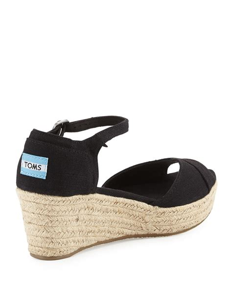 Sandal Platform 2 Hitam toms canvas platform wedge sandal in black lyst