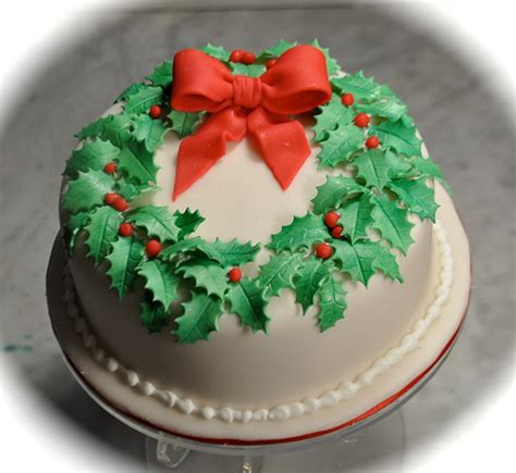Holly wreath Christmas cake   Rich fruit cake covered in
