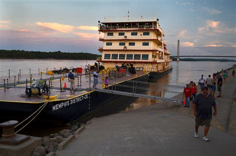 motor vessel mv mississippi at dusk cape girardeau history and photos