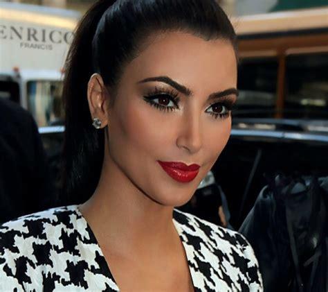 kim kardashians video game makes the quest for fame seem tedious 24 horas diva maquiagem do dia olhos marcados