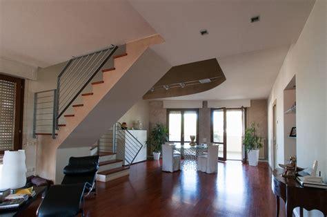 appartamenti affitto barcellona economici affitti appartamenti semplice e comfort in una casa di
