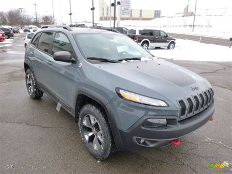 anvil jeep cherokee anvil 2014 jeep cherokee trailhawk 4x4 exterior photo