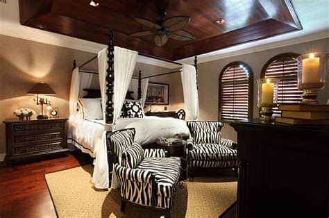 stylish canopy beds inspiration   bedroom