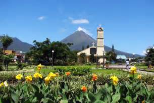 La fortuna costa rica hotels tours city guide and transportation