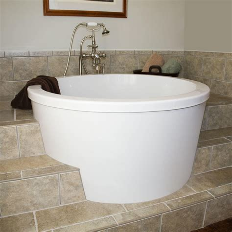 Soaking Bathtubs With Shower 47 Quot Caruso Acrylic Japanese Soaking Tub Bathroom