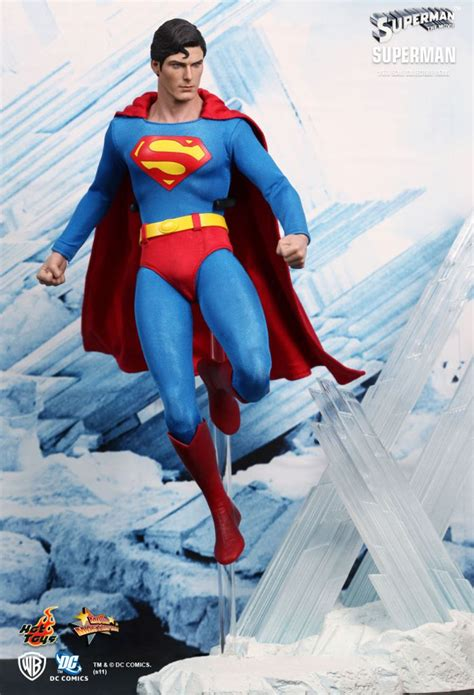 christopher reeve hot toys superman the movie superman christopher reeve