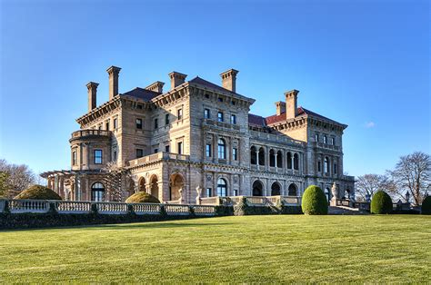 The Creakers the breakers mansion