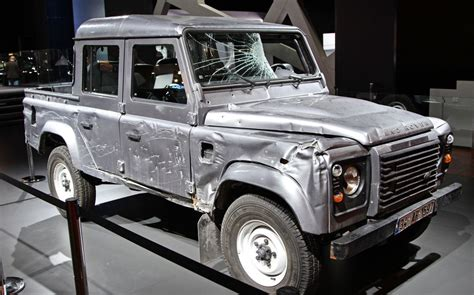 land rover skyfall d h skyfall bond review