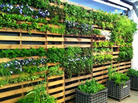 Wall Succulent Garden » Home Design 2017