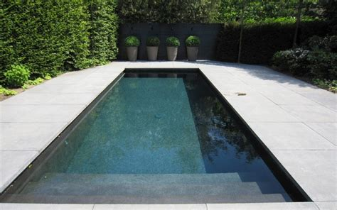 Beton Zwembad Met Lichtgrijze meer dan 1000 idee 235 n over zwembad decoraties op pinterest