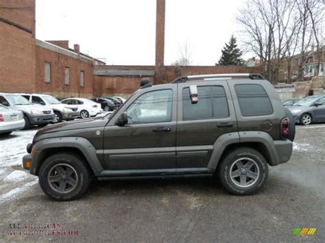 2006 Jeep Liberty Renegade 2006 Jeep Liberty Renegade 4x4 In Khaki Pearl Photo