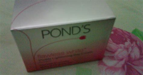 White Day Siang Bellezkin Whitening talks ponds flawless white visible lightening day review