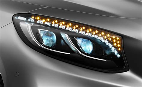 Auto Scheinwerfer by Iihs Headlight Tests Find Many Cars In The News