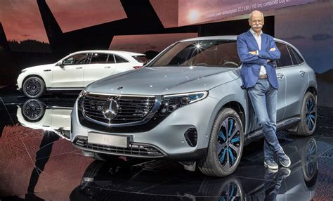 mercedes ceo daimler ceo steps weeks after unveiling mercedes