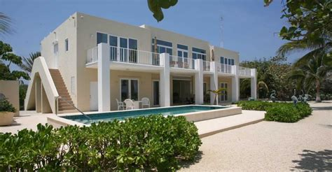 4 Bedroom Beach House For Sale North Side Grand Cayman Cayman Islands 7th Heaven