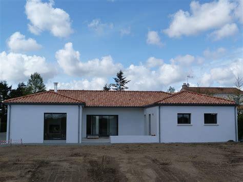 Tuile Maison by Voyau Couverture Couverture Tuile Sur Construction Neuve