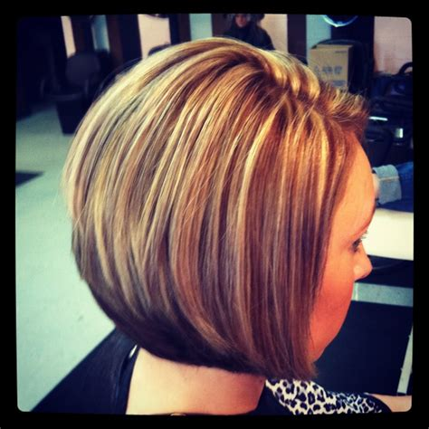 highlights and lowlighted blunt cut bob highlights and lowlights on a stacked bob my style