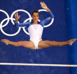 Svetlana have very skinny hot legs not fat saddle american whore legs