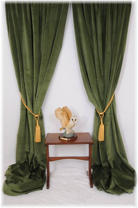 Green And White Curtains Decor Living Room Velvet Curtains On With Green Curtain And White Wall Design Also Brown