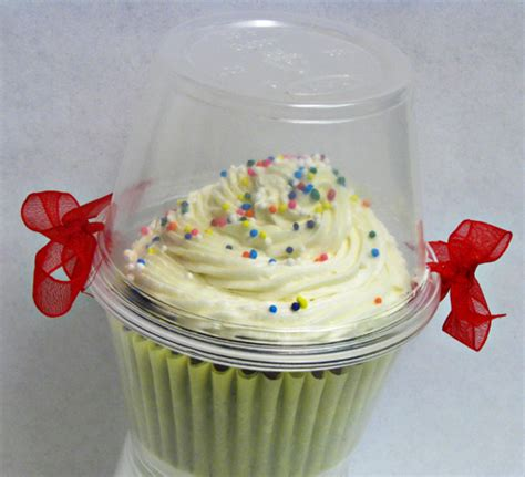recycled packaging for cupcakes cookies and macarons paper