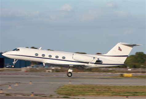jet reviews used jet review gulfstream iii business jet traveler