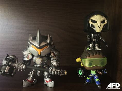 Funko Pop Overwatch Reinhardt 6inc Big Size figure review overwatch reinhardt pop vinyl figure