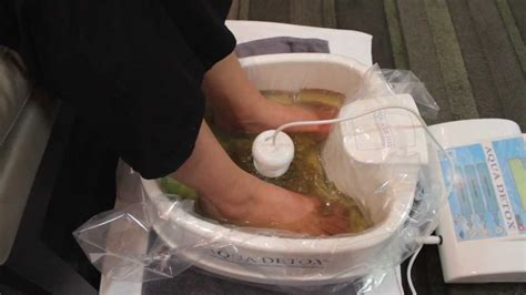 Detox Foot Bath Service by Aqua Detox Foot Bath Detox Lounge San Diego 619