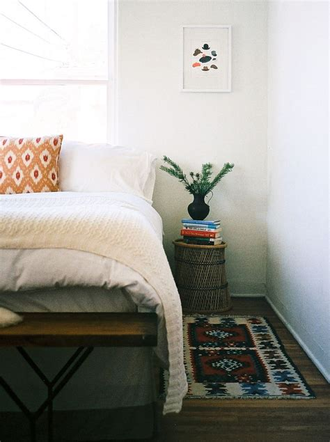 simple cozy bedroom jessica comingore s natural refined l a home bedrooms