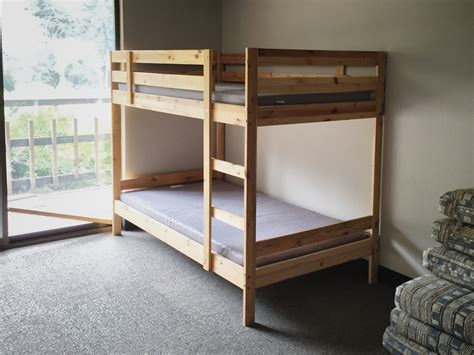 bunk beds wiki file bunk bed wooden jpg wikimedia commons