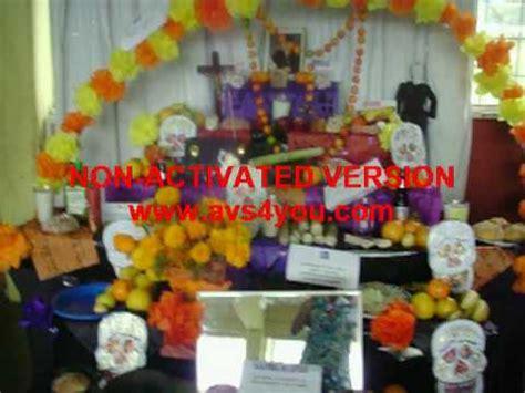 valentin elizalde se aparece en su altar en el espejo