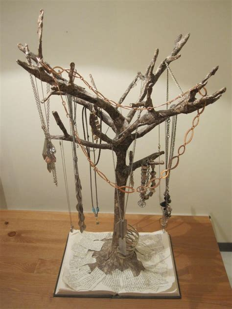 How To Make A Paper Mache Tree - best 25 paper mache tree ideas on diy jungle