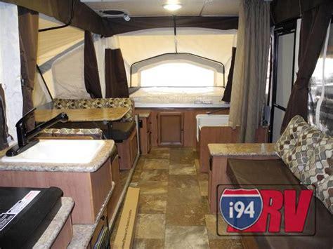 palomino popup camper rv with bathroom kitchen sleeps 8