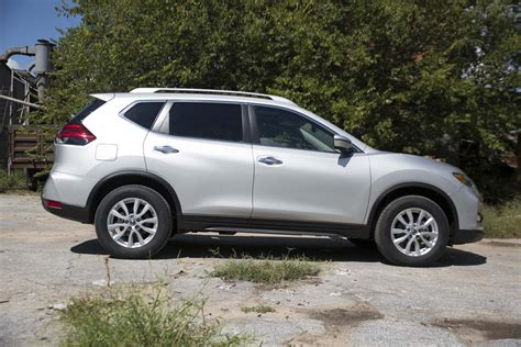 nissan rogue 2017 nissan rogue drive review gunning for 1
