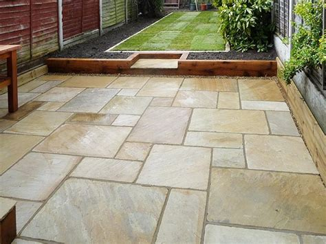 Patio Slab Design Ideas by 25 Best Ideas About Patio Slabs On Paving