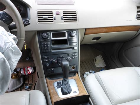 Volvo Xc90 Interior Parts by 2006 Volvo Xc90 Quality Oem Replacement Parts 161007