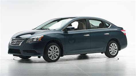nissan sentra safety rating nissan sentra earns top safety