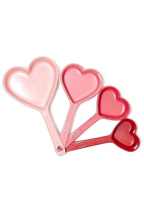my 6 dream kitchen gadgets heart you measuring cups hj 228 rtan pinterest