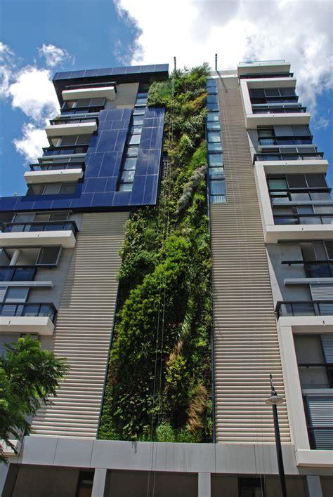 trio building sydney vertical garden blanc