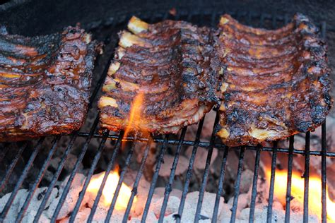 How To Cook A Rack Of In The Oven by How To Cook A Rack Of Ribs On The Grill