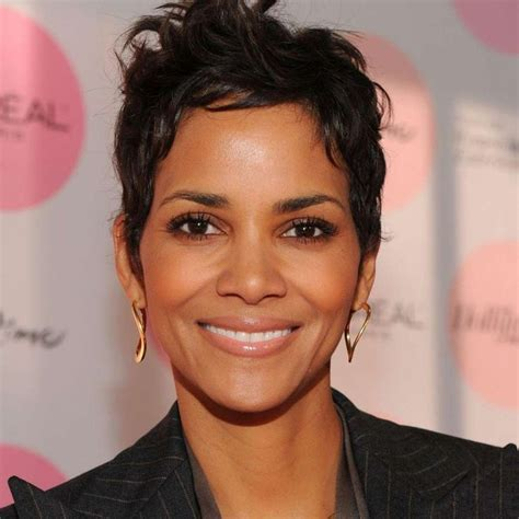 hair cuts for age 39 best 10 halle berry age ideas on pinterest halle berry