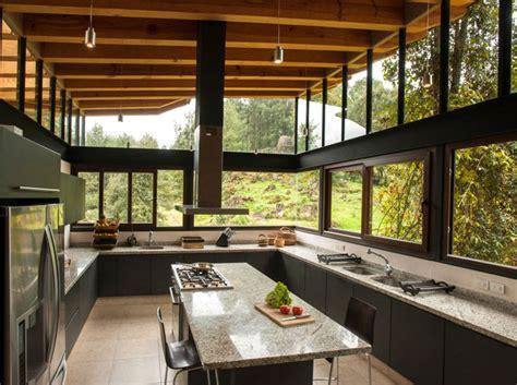 san sen house   wood  glass interiorzine