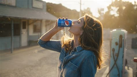 commercial star salary cindy crawford and son presley gerber to star in new pepsi