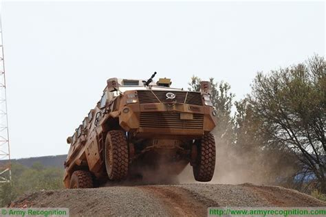 paramount mbombe defence paramount mbombe 4 mrap 4x4